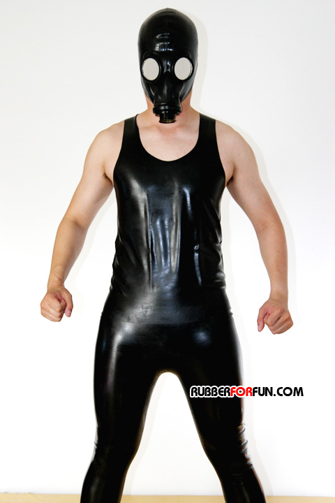 http://www.spandexsociety.com/images/rff011/rubberpant04.jpg height=257